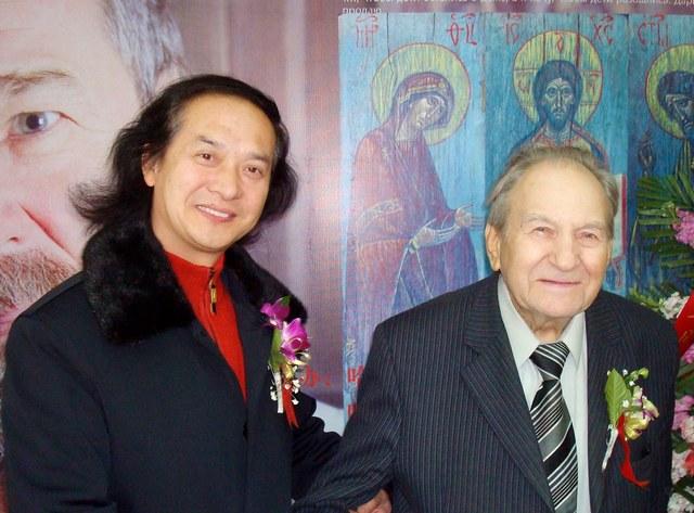 黄明大师与俄罗斯艺术科学院副主席列维金交流