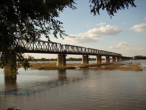 """4、上世纪八十年代的""""老江桥"""""""