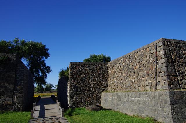 图2  修缮后的渤海国古城墙