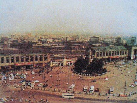 上世纪70年代的哈尔滨站