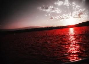 图4、红海
