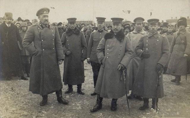 沙俄军将领与日军将领合影