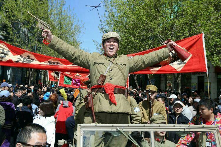 1中央大街哈尔滨解放70周年快闪