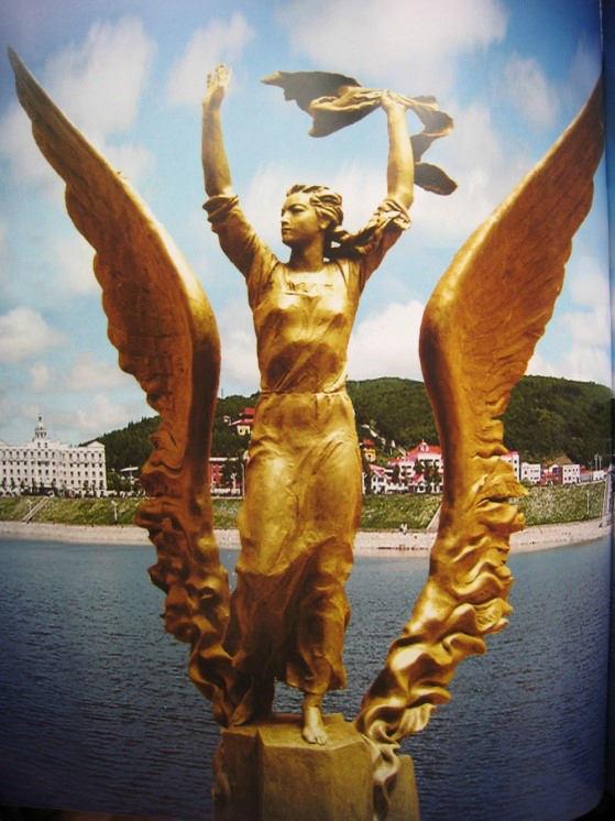 """""""和平天使""""嘎丽娅的故事"""