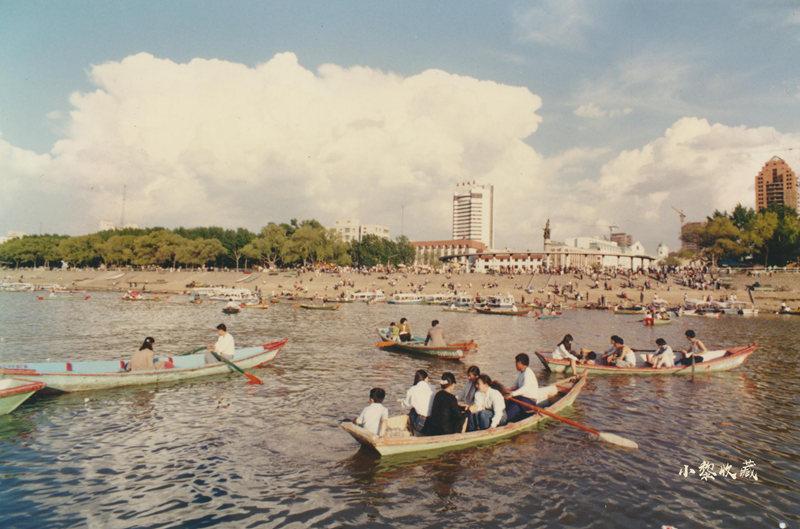 1992年节假日的松花江畔