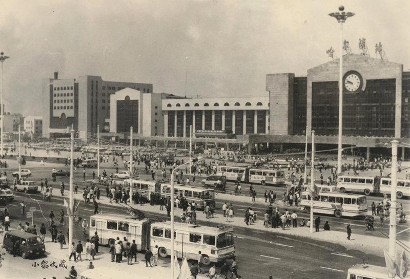 1995年哈尔滨火车站站前