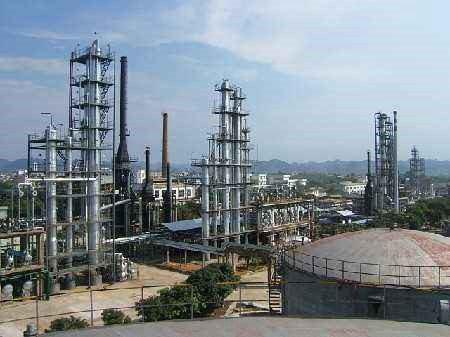 当年我们建设的大庆油田化工总厂
